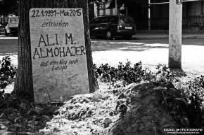 Graves for UnknownRefugees